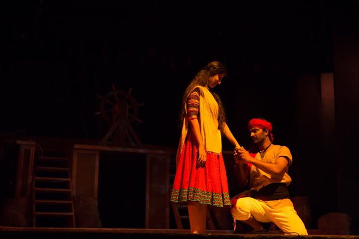 Book ur tickets for my new play #Samudramanthan 2nd April #ThakorbhaiHall  Tickets available on BookMyShow   To know more abt the play  Preview 1 :  https://t.co/dStzlwI2Ct  Preview 2 :  https://t.co/erprm4rS5s  Review:  https://t.co/wzJK0Q6xMB