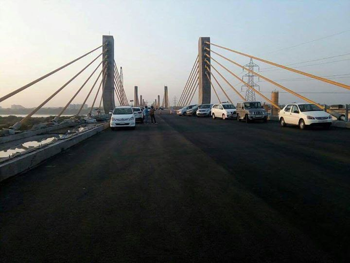#Bharuch First view of new cable bridge over river narmada..