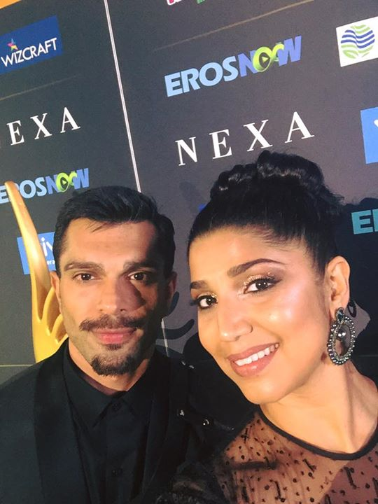 With Karan Singh Grover and Bipasha Basu at the #GreenCarpet #Iifa2017 Red FM