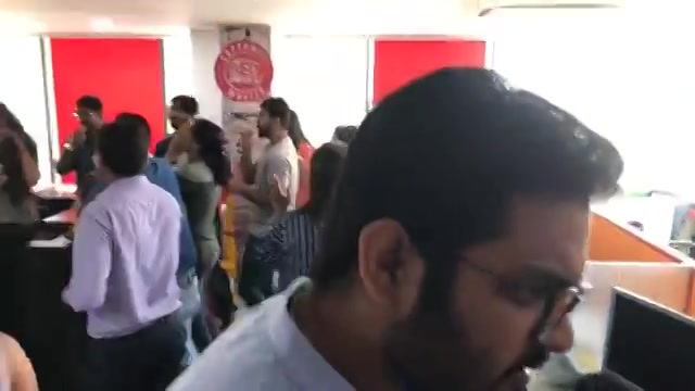 Watch the Celebrations of RJ devaki winning Golden Mic Award n Red FM going crazy......