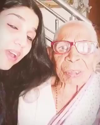 Cutest Dadi in  the town has a message for ppl who don't wish to vote....