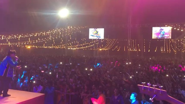 17k ppl in a single night in ahmedabad dancing on the melodies of @falgunipathak12 #RedRaasLive #redraas9