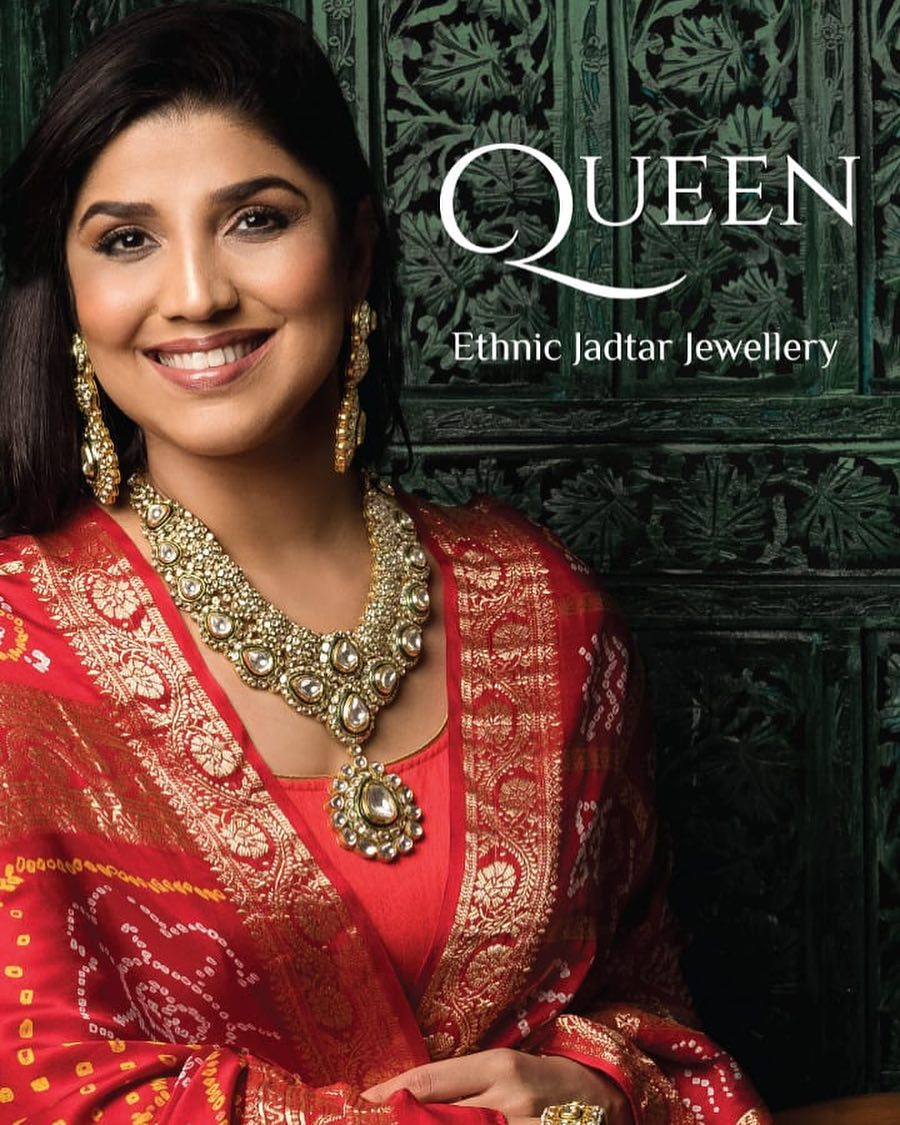 @k.k.jewels introduces my signature collection #Queen signed / autographed by me #IndiakiRani #AhmedabadKiRani buy the most royal #Jadtar from my collection n feel like a #Queen Feel like me 😘😘😘p.s. Did u see these new hoardings? Where?