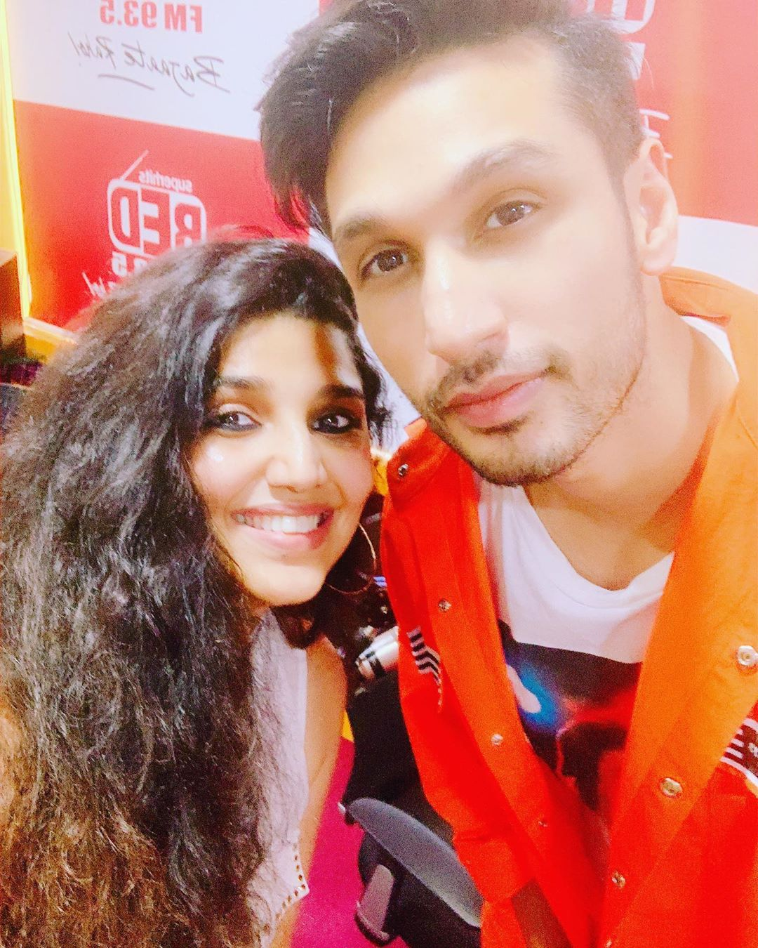 Meet the cutie pie @arjunkanungo @redfmindia #RedIndiesstar #DevakiKaCarobar catch it on #RedFM YouTube and #Rjdevaki #Fblive