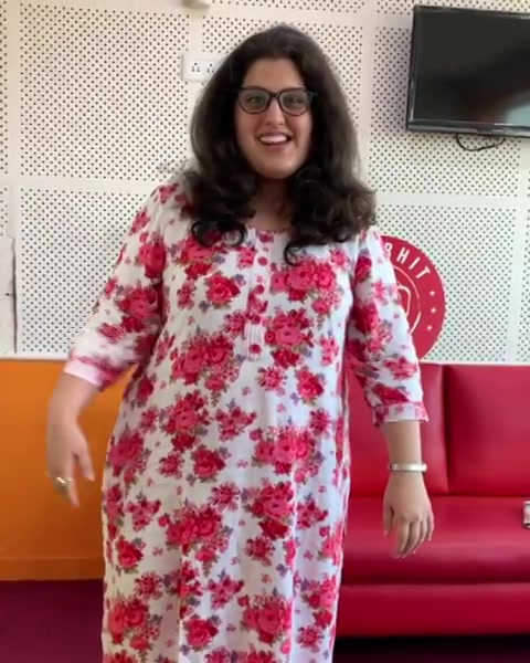 My girl - our morning show team member - @dpbanaji  votes early morning and has something special to say to all of you.... @redfmindia #abwatandabayegabutton #MorningShowTeam